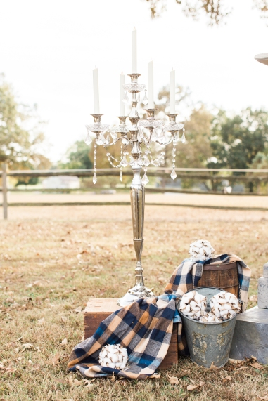 shillawna_ruffner_photography_cozy_decadent_fall_themed_inspiration_shoot_016