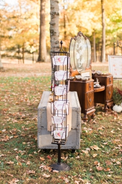 shillawna_ruffner_photography_cozy_decadent_fall_themed_inspiration_shoot_091