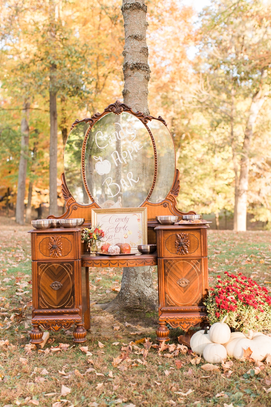 shillawna_ruffner_photography_cozy_decadent_fall_themed_inspiration_shoot_097